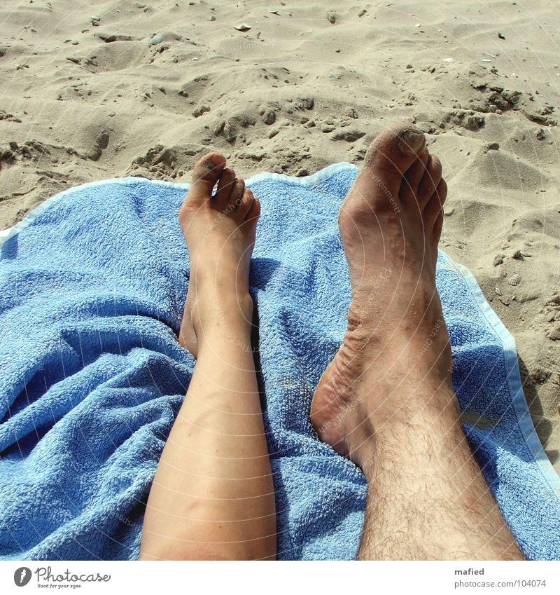 Familienähnlichkeit Sommer Strand Handtuch Zehen klein groß Ferien & Urlaub & Reisen Freizeit & Hobby Mensch Sand Fuß Barfuß
