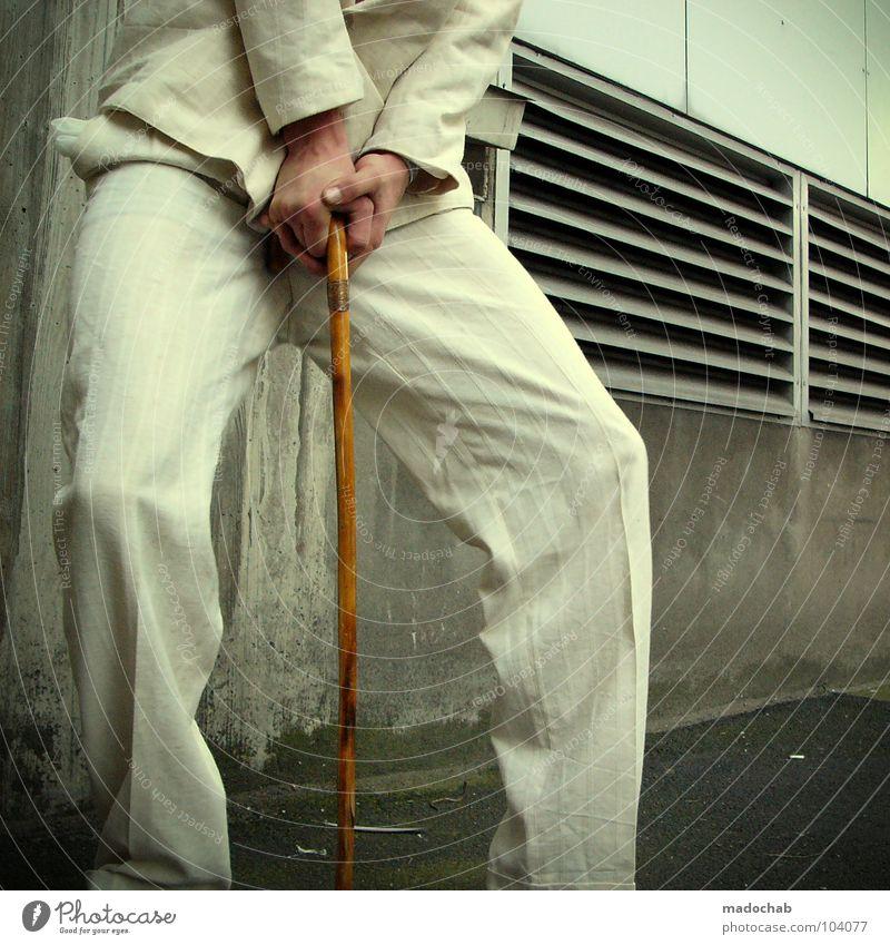 JUST FOR THE SHOW [K*LAB*] Mann Anzug Spazierstock Körperhaltung Mensch Lifestyle Sonnenbrille Aktion schick Bremen Karriere Bewegung Unschärfe Geschwindigkeit