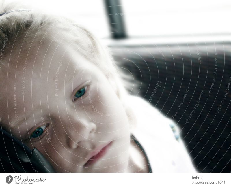 des petites grandes pensées Mensch Kind Traurigkeit Denken Trauer