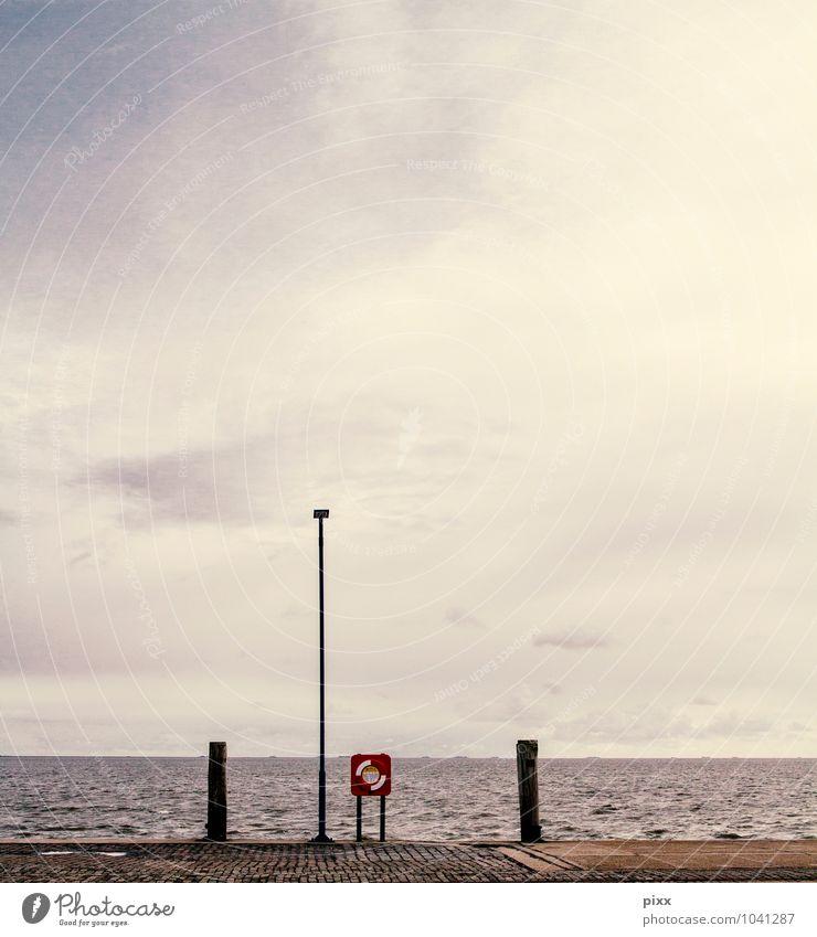 rettung in sicht Himmel Ferien & Urlaub & Reisen Wasser Sommer Meer ruhig Ferne Küste Glück Freiheit Wetter leuchten ästhetisch gefährlich Ausflug Hinweisschild