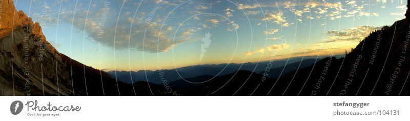 Abendpanorama Himmel Sonne blau Sommer Wolken Ferne Wald Berge u. Gebirge Freiheit Stein Seil Horizont Felsen Alpen Unendlichkeit Österreich