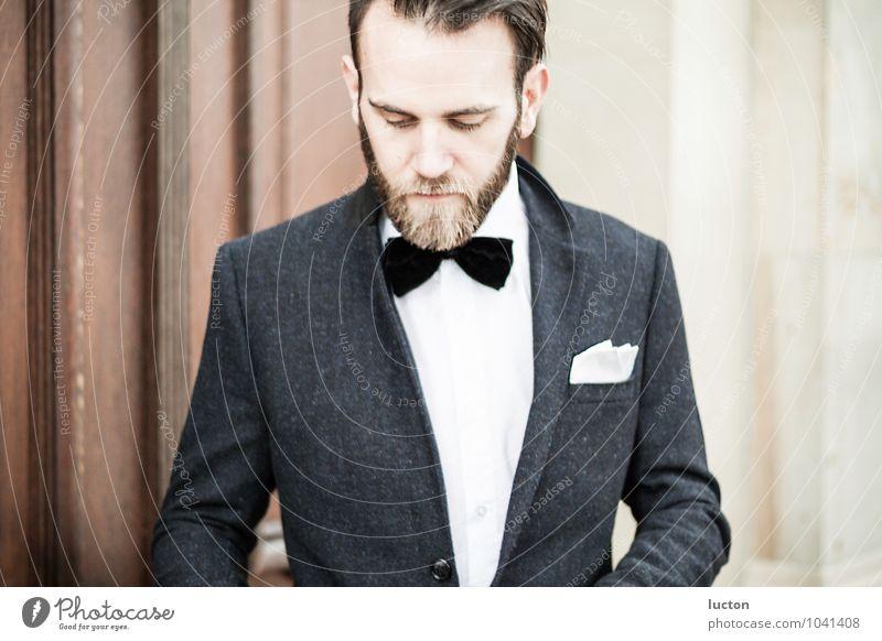 Charaktershoot Vol.3 Mensch Jugendliche Mann weiß Junger Mann 18-30 Jahre Erwachsene Wand Mauer grau Holz Stein braun Mode Lifestyle Fassade