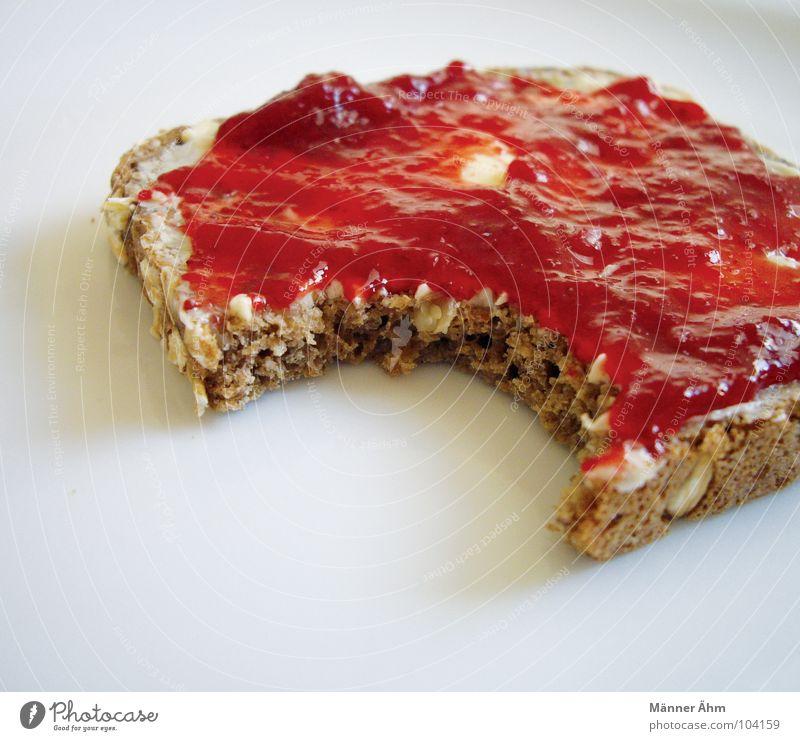 Morgendliche Verführung rot Frucht Ernährung süß Küche genießen Korn Frühstück lecker Brot Teller Erdbeeren beißen Sonntag selbstgemacht Kühlschrank