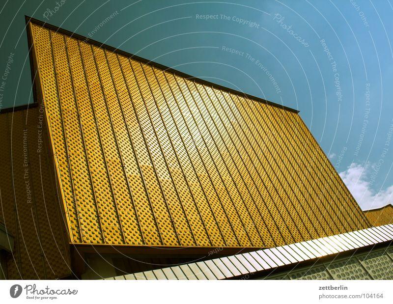 Philharmonie 3 Himmel Sommer Wolken Berlin Wand Kunst Architektur Fassade Treppe modern Kultur Show Konzert Eingang Swing Berliner Philharmonie