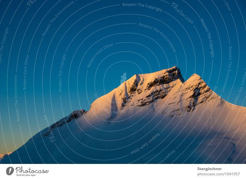 Morgenstund Himmel Natur Landschaft Freude Winter kalt Umwelt Berge u. Gebirge Wärme Gefühle Schnee Glück Felsen Eis Schönes Wetter Gipfel