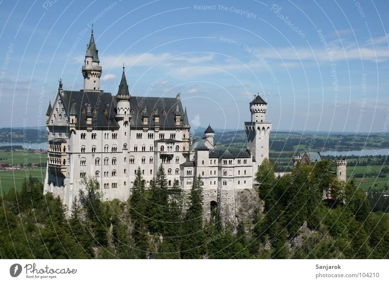 Neuschweinstein die Zweite Himmel Ferien & Urlaub & Reisen Wolken Ferne Wald Freizeit & Hobby Horizont Allgäu Felsen wandern Aktion Gipfel Bayern
