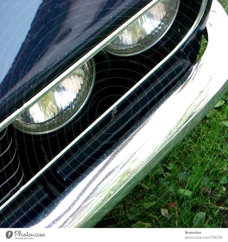 Ezekiel 25,17 alt PKW Metall Coolness retro KFZ Oldtimer Bildausschnitt Anschnitt Autoscheinwerfer Vorderseite Wagen Chrom Poliert Stoßstange Kühlergrill