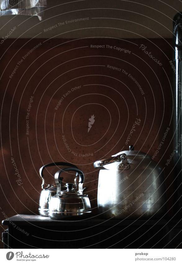 Vor meiner Zeit? alt schön Ernährung Lebensmittel Wärme Kochen & Garen & Backen Küche Physik heiß Tee antik Haushalt früher heizen rustikal Ofenrohr