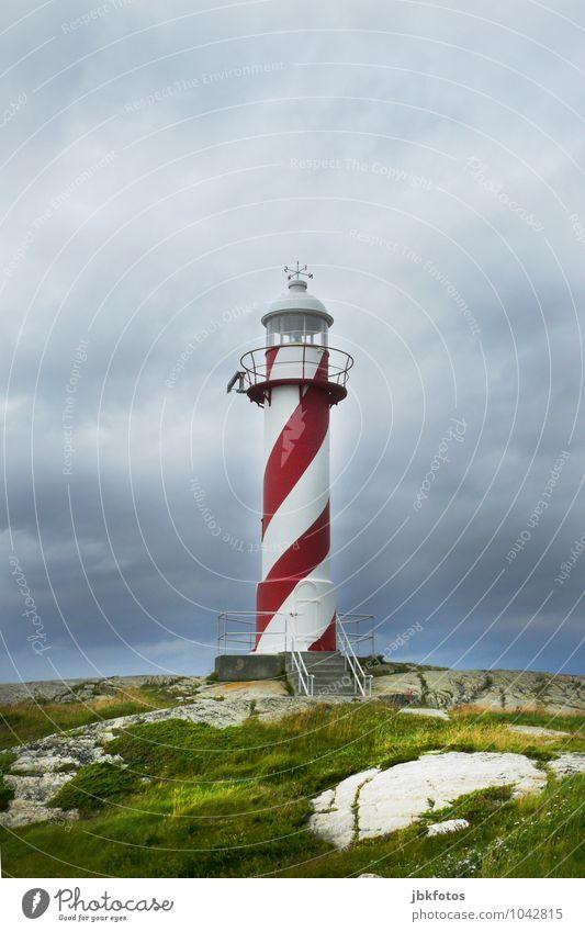 lighthouse Umwelt Natur Landschaft Wasser Schönes Wetter Küste Meer Atlantik gefährlich Leuchtturm rot-weiß Farbfoto Außenaufnahme Tag Kontrast Silhouette