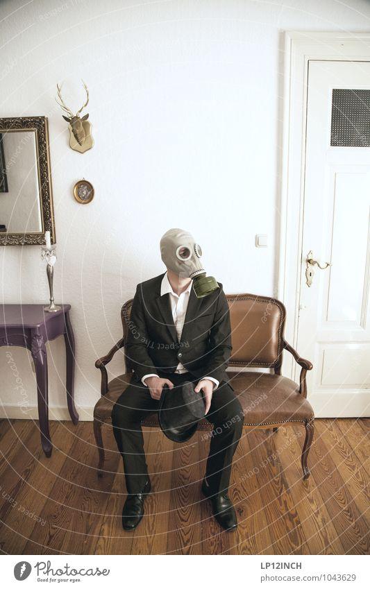 Fein gemacht. VIII Häusliches Leben Wohnung Innenarchitektur Dekoration & Verzierung Sofa Party ausgehen Feste & Feiern Halloween maskulin Mann Erwachsene 1
