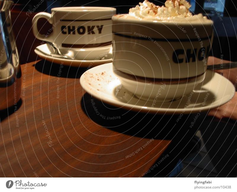 Choky Tasse Stillleben Sahne lecker Erholung Physik heiß Getränk Tisch kulinarisch caffee Kaffee coffee choky Foyer hot Wärme