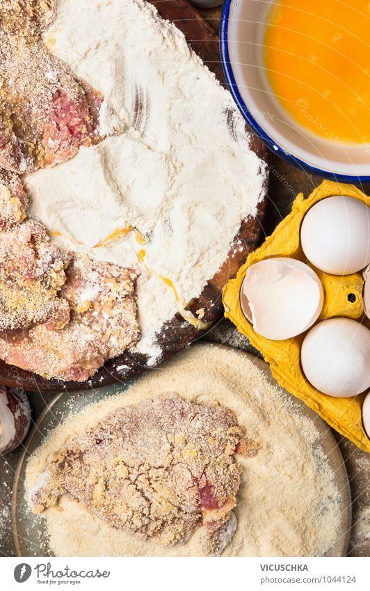 Schnitzel Zutaten alt Gesunde Ernährung Stil Lebensmittel Foodfotografie Design Ernährung Tisch Kochen & Garen & Backen Küche Bioprodukte Ei Schalen & Schüsseln Teller Fleisch Diät