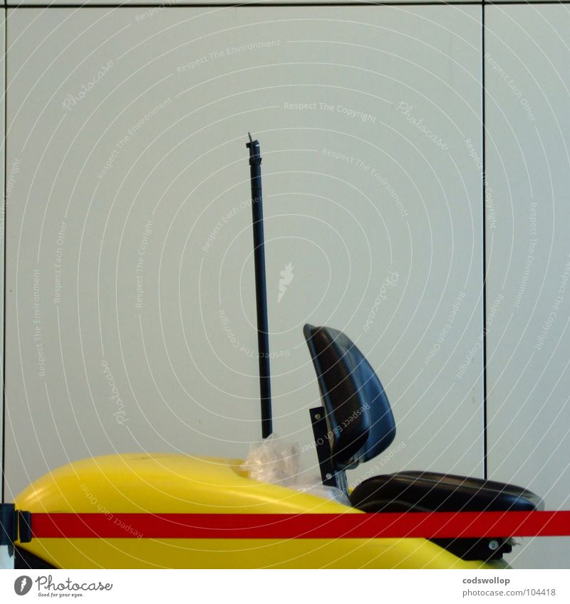 flughafen flitzer Arbeit & Erwerbstätigkeit Verkehr Güterverkehr & Logistik Pause Spielzeug Flughafen Dienstleistungsgewerbe Jahrmarkt Parkplatz parken Sitzgelegenheit Dom Antenne Funktechnik Telekommunikation Auto-Skooter