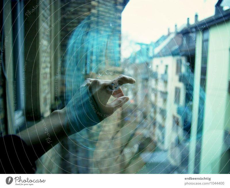 Longing... feminin Frau Erwachsene Leben Haare & Frisuren Auge Hand Stadt Haus Mauer Wand Fenster Perücke Pony Glas Blick träumen Traurigkeit Ferne kalt blau