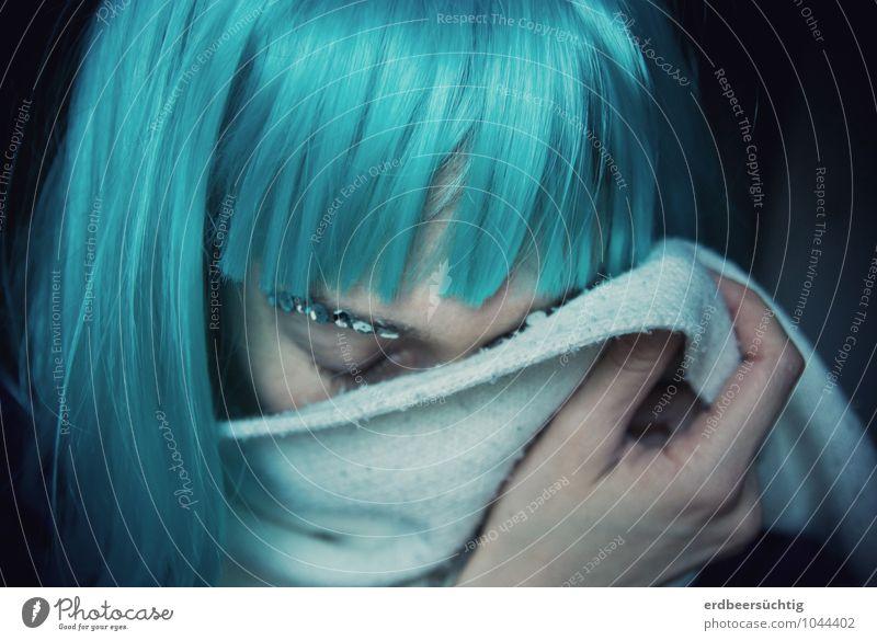 Missing... schön Frau Erwachsene Leben Haare & Frisuren Hand Schal Perücke Pony frieren träumen Traurigkeit weinen einzigartig kalt blau türkis Sehnsucht
