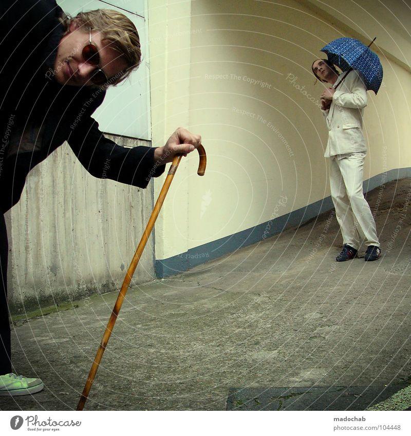 DER KOLA UND DAS BO [K*LAB*] Mann Anzug Spazierstock Körperhaltung Mensch Lifestyle Sonnenbrille Aktion schick Bremen Karriere Bewegung Geschwindigkeit Tanzen