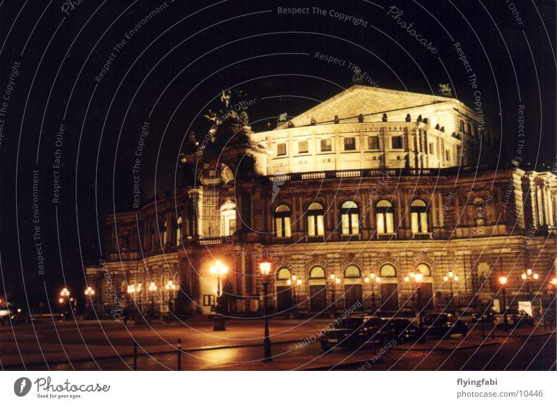 Semperoper @ night Musik Kultur Dresden Konzert Oper Altstadt