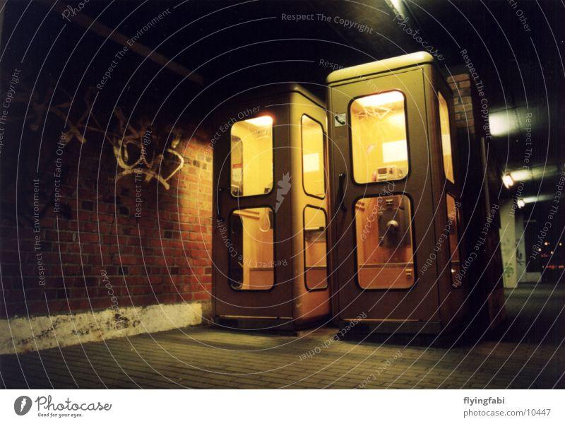 Die guten alten Telefonzellen Deutsche Telekom Nacht Dresden Telefonhaus Fototechnik phonebooth night