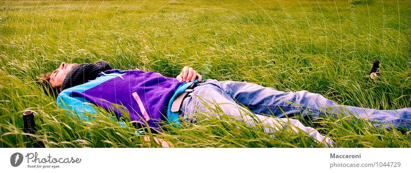 Tiefenentspannt harmonisch Wohlgefühl Erholung ruhig Meditation maskulin Junger Mann Jugendliche 1 Mensch 18-30 Jahre Erwachsene Landschaft Frühling