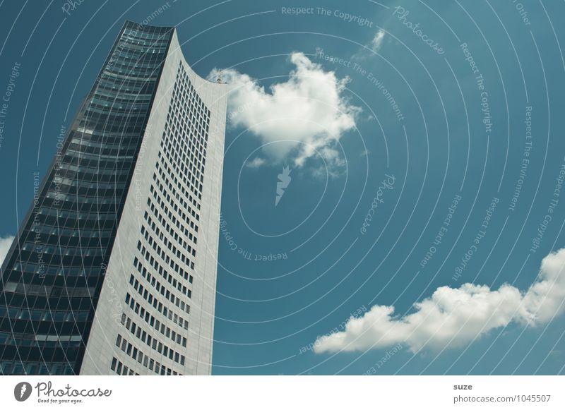 Business-Cloud Himmel blau Wolken Haus Fenster Umwelt Architektur Gebäude Fassade Arbeit & Erwerbstätigkeit Wetter Büro modern Hochhaus groß