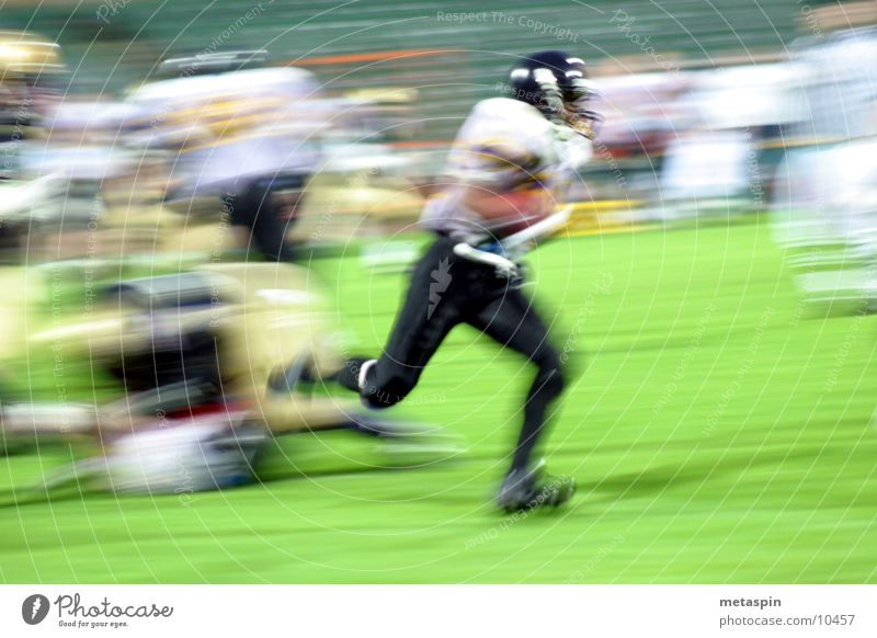 Schneller Footballer American Football Geschwindigkeit Unschärfe Ballsport Sport Sportler laufen