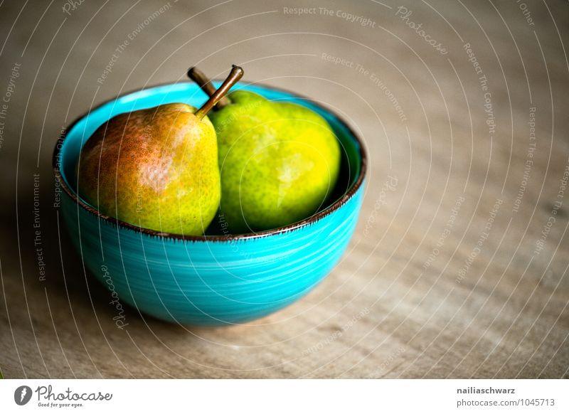 Birnen blau schön rot gelb natürlich Gesundheit Lebensmittel Zusammensein Frucht Idylle Ernährung genießen süß lecker Bioprodukte türkis