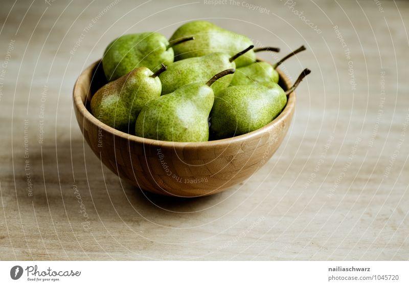 Birnen schön grün Farbe gelb natürlich Holz Gesundheit braun Lebensmittel Frucht Idylle frisch einfach lecker Duft Bioprodukte