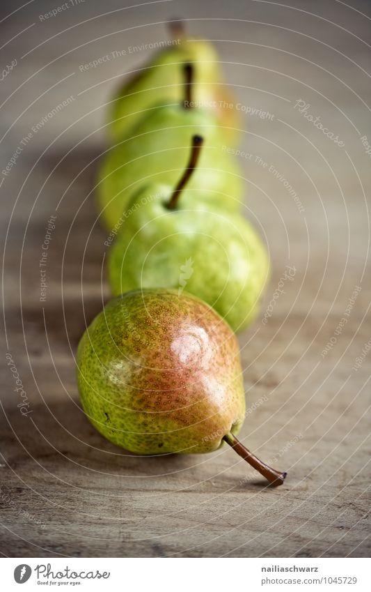 Birnen Lebensmittel Frucht Bioprodukte Vegetarische Ernährung Diät frisch Gesundheit lecker natürlich positiv saftig schön süß Zufriedenheit Farbe genießen
