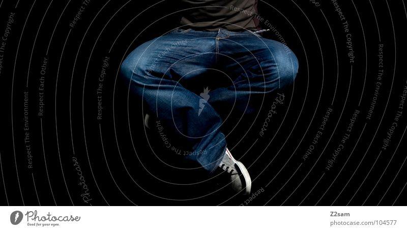 meditation Mensch Mann ruhig Bewegung springen Stil Luft Linie Gesundheit Zufriedenheit fliegen modern Coolness Jeanshose Meditation Schweben