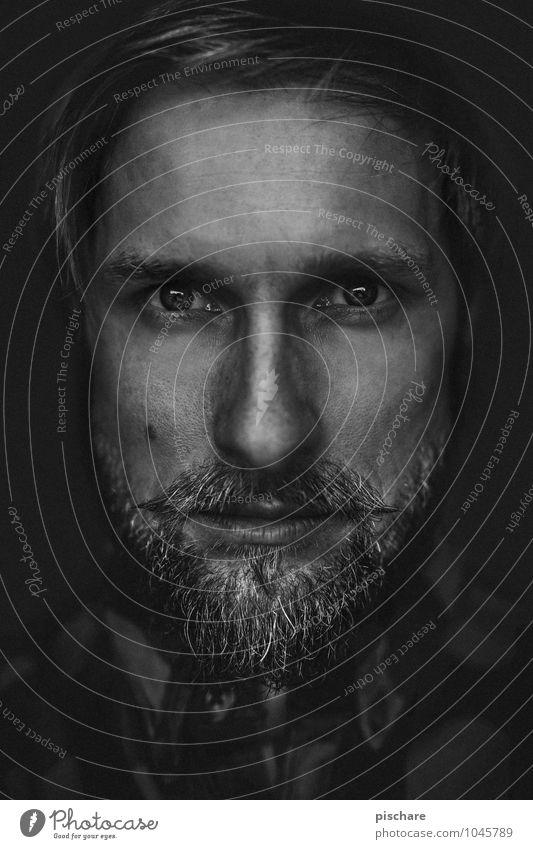 Beard o'clock maskulin Mann Erwachsene Gesicht Bart 1 Mensch Vollbart Behaarung authentisch Coolness dunkel eckig trendy rebellisch Kraft einzigartig