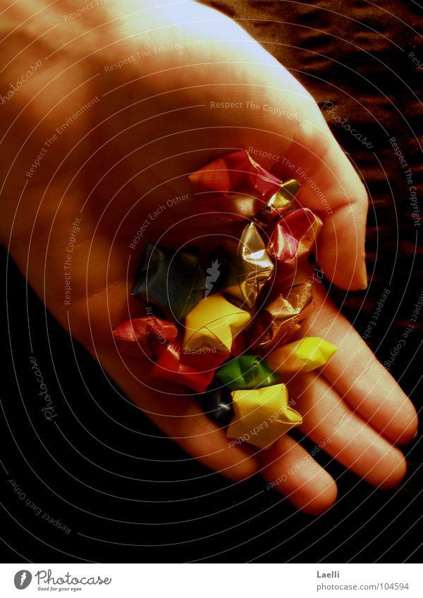 Ich hol dir die Sterne vom Himmel l Hand mehrfarbig dunkel Stern (Symbol) gelb rot grün Frieden