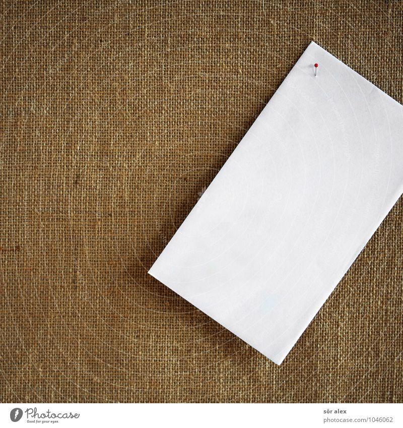 Newsletter weiß braun Textfreiraum Kommunizieren Papier planen Information Kontakt schreiben machen Zettel vergessen Anordnung erinnern Stecknadel Brief