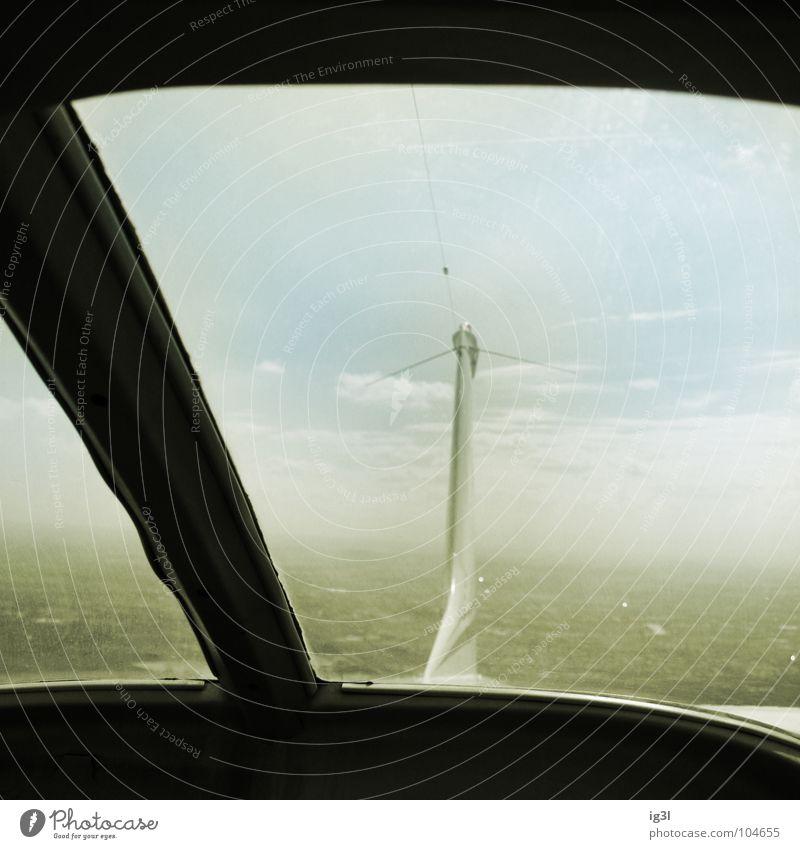 rückblick – the past is fading Vergangenheit Zukunft fade Format Quadrat schwarz Flugzeug Wolken Monochrom Demontage Heck Rückseite führen Navigation Fluglotse