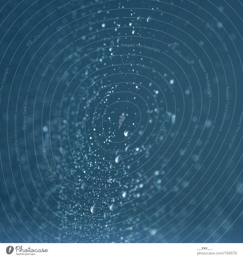 la_sas_02 Wasser blau dunkel Glas Wassertropfen Elektrizität Punkt