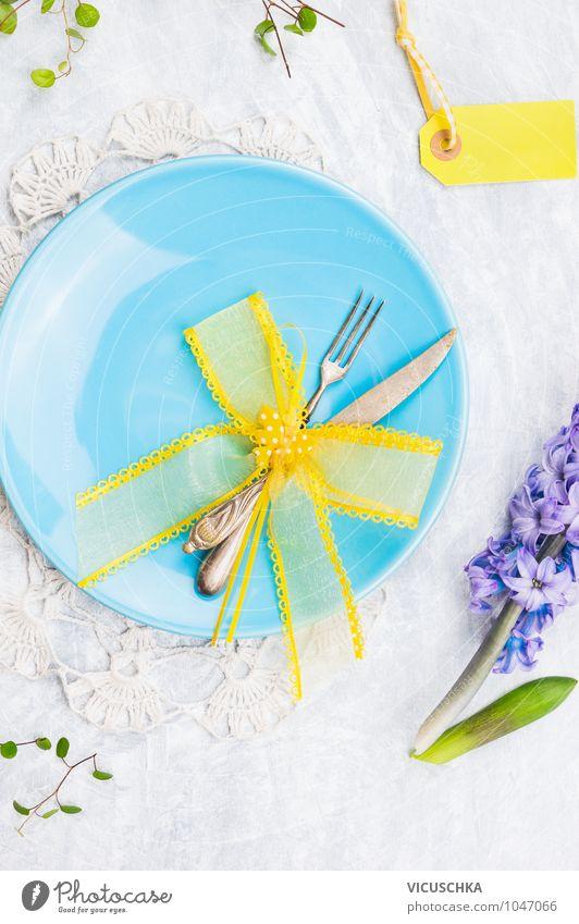 Blaue Teller mit Frühling Dekoration blau Blume gelb Frühling Stil Feste & Feiern Design Dekoration & Verzierung Schilder & Markierungen Dinge Tisch Ostern Küche Postkarte Blumenstrauß Tradition