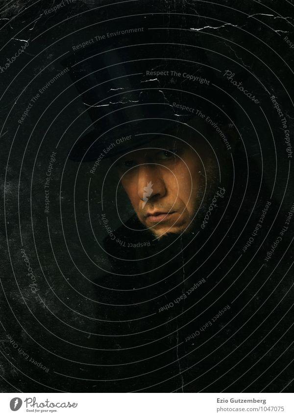 Portrait eines Mannes im Mantel mit Zylinder elegant Stil Mensch maskulin Erwachsene Gesicht 1 30-45 Jahre Mode Bekleidung Hut kurzhaarig Dreitagebart dunkel