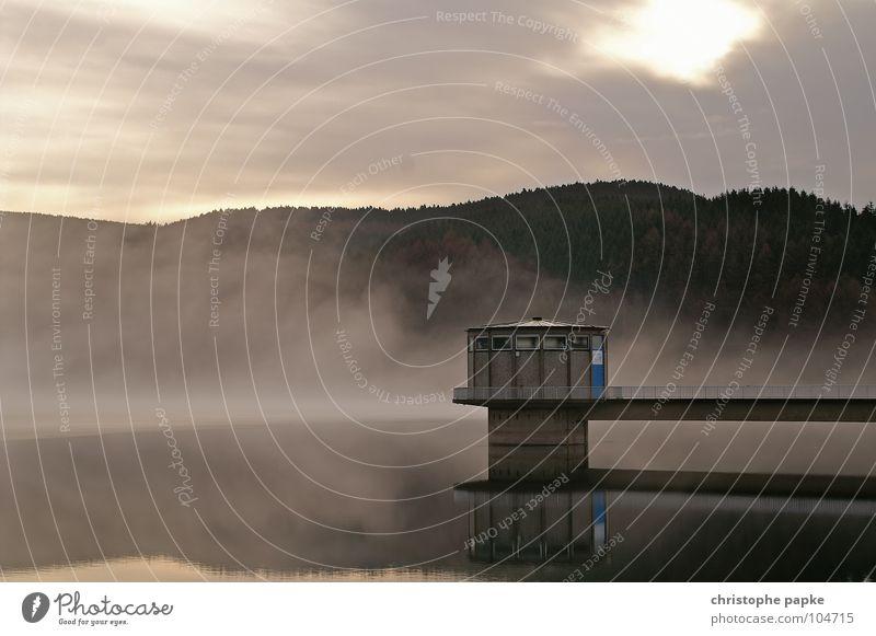 eine perle der natur Natur Wasser Baum ruhig Wolken Einsamkeit Wald Herbst Berge u. Gebirge See Landschaft Nebel nass Beton frisch Brücke
