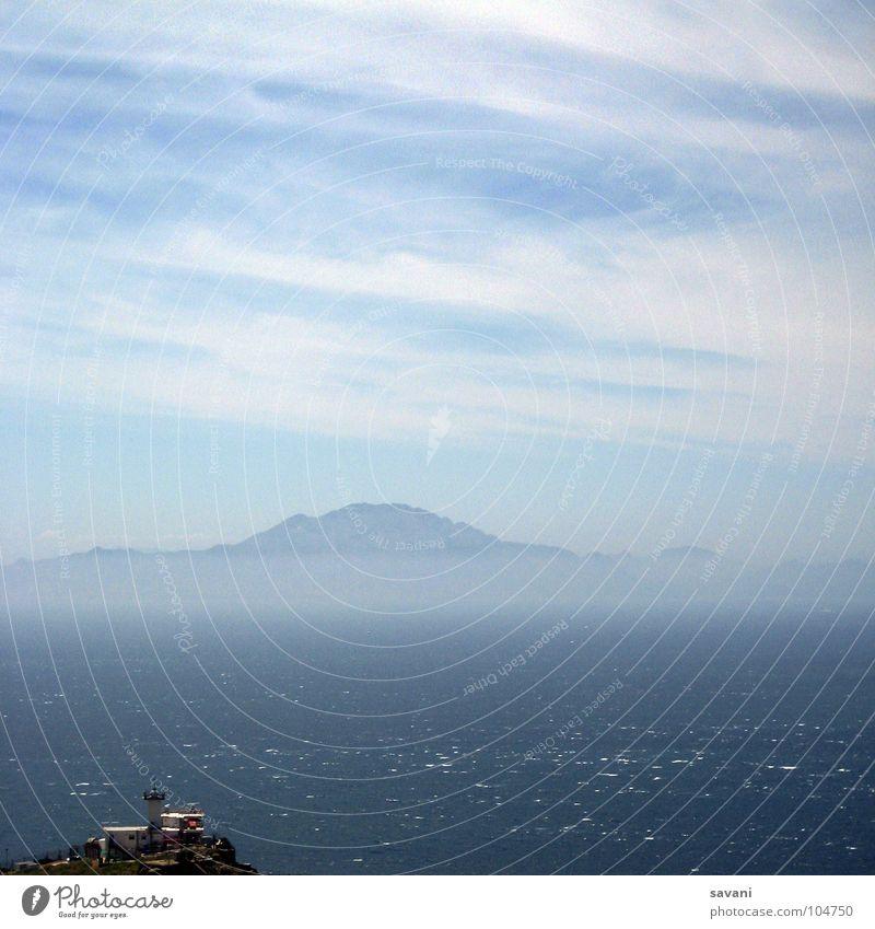the other side Natur Wasser Himmel Meer blau Sommer Ferien & Urlaub & Reisen ruhig Wolken Einsamkeit Ferne Berge u. Gebirge Wellen Küste Nebel Wind