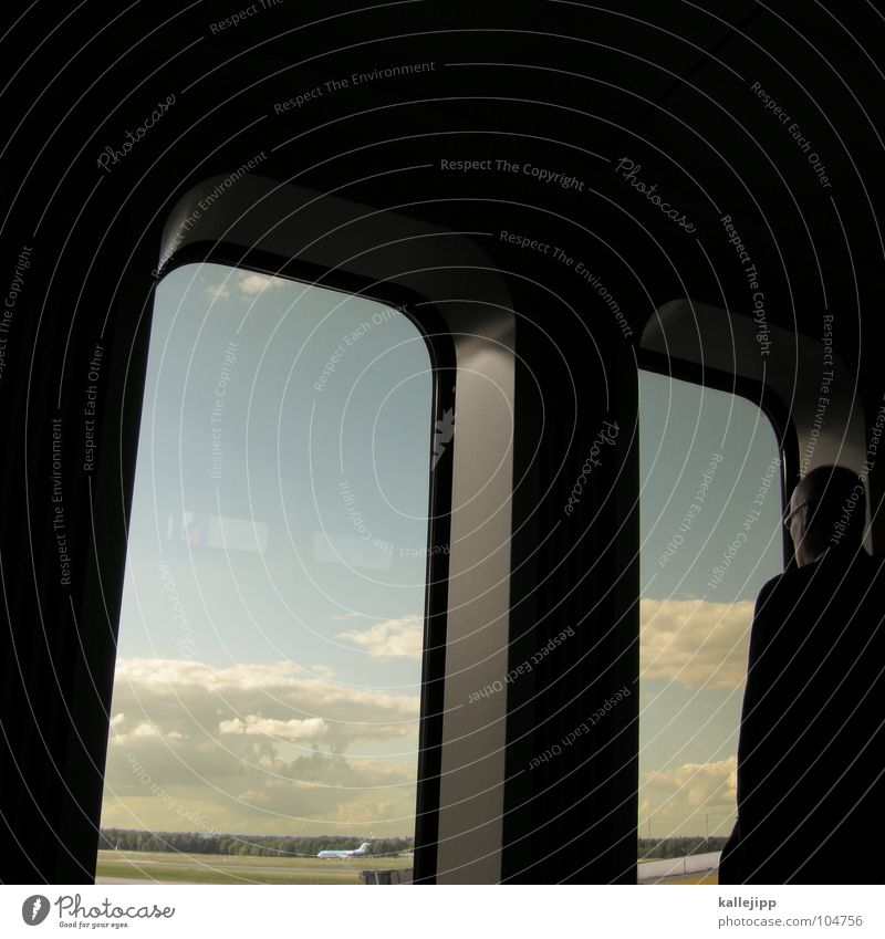 handlungsreisender II Mann Ferien & Urlaub & Reisen Einsamkeit Erholung Fenster Arbeit & Erwerbstätigkeit Zufriedenheit Deutschland Zeit warten Flugzeug Beginn