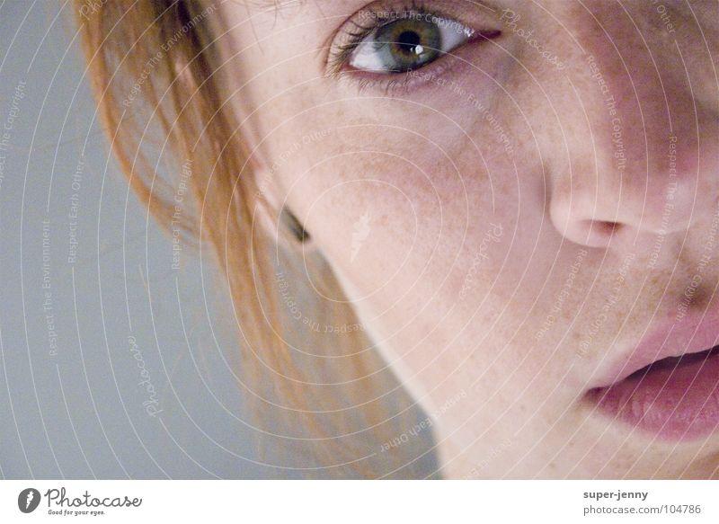 blick...auf unendlich Frau Mensch Gesicht Auge träumen Kopf Mund rosa Nase Suche Langeweile