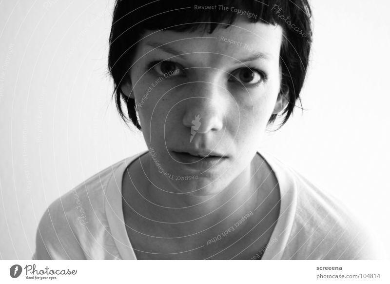 Wasted Porträt weiß Frau seltsam Langeweile Schwarzweißfoto scharz wasted Haare & Frisuren Mund Nase Auge Einsamkeit