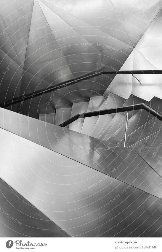 Silberne Treppe Ferien & Urlaub & Reisen Architektur Gefühle Stimmung Tourismus Angst Kraft authentisch Erfolg Macht Neugier Bauwerk Spanien Mut Stadtzentrum