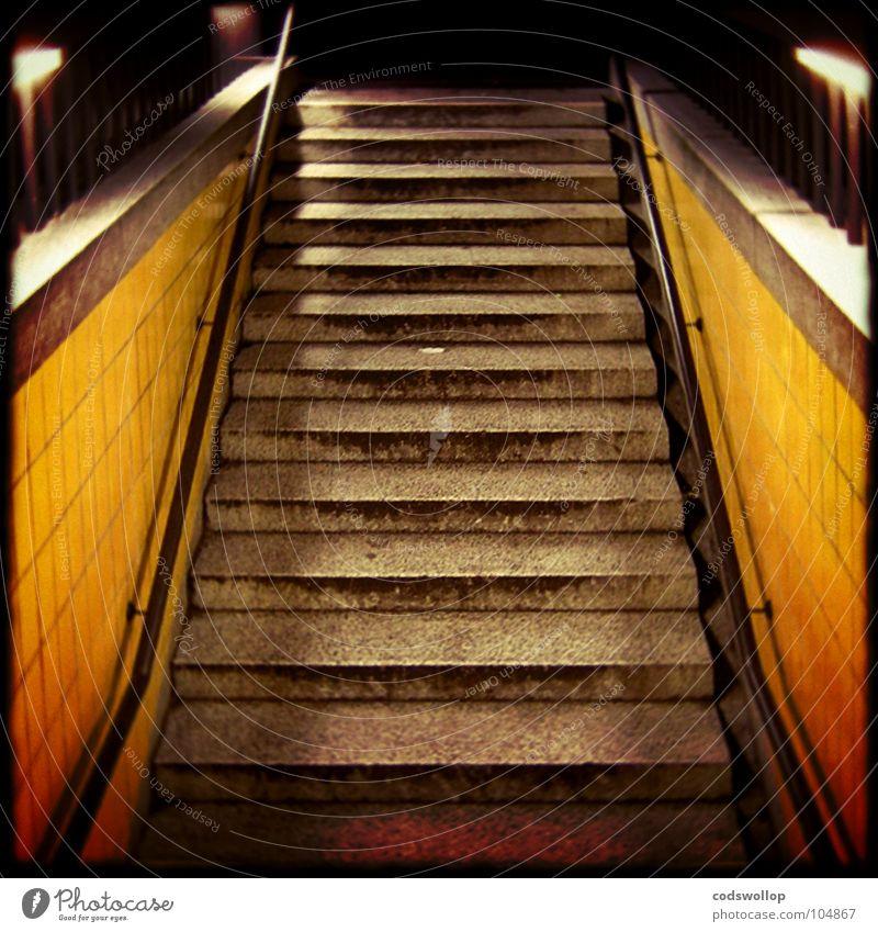 going underground Ferien & Urlaub & Reisen Treppe offen Güterverkehr & Logistik Station Tunnel U-Bahn Eingang unterwegs Ausgang Verkehrsmittel