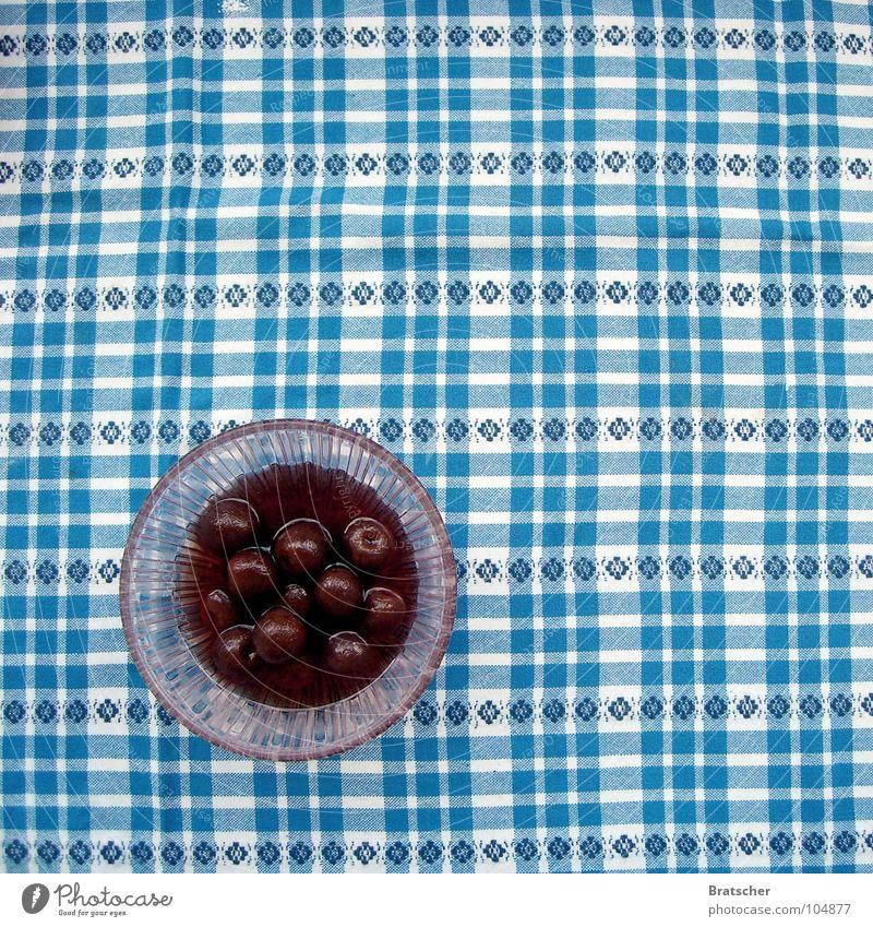 Jahrgang 1984. Kirsche Tisch Kompott Schalen & Schüsseln rot Frucht kirschrot kariert Foodfotografie Vogelperspektive Obstschale Dessert fruchtig Muster