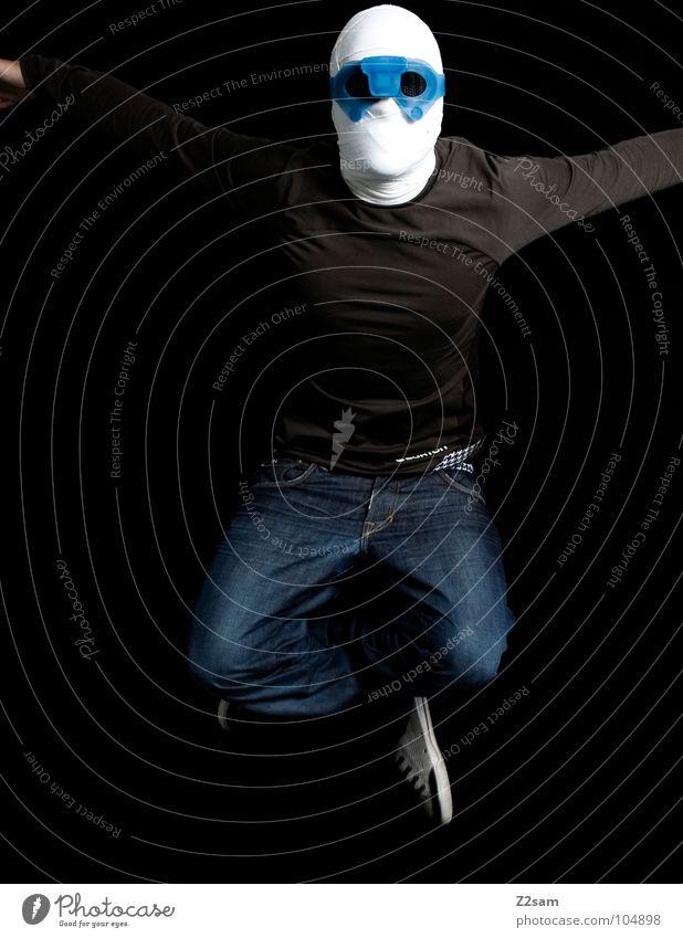 """""""Die Mumie"""" kampfstellung konserviert Schleier geheimnisvoll mystisch gefährlich böse außergewöhnlich Mann Oberkörper Licht Bart Auferstehung verrenken"""