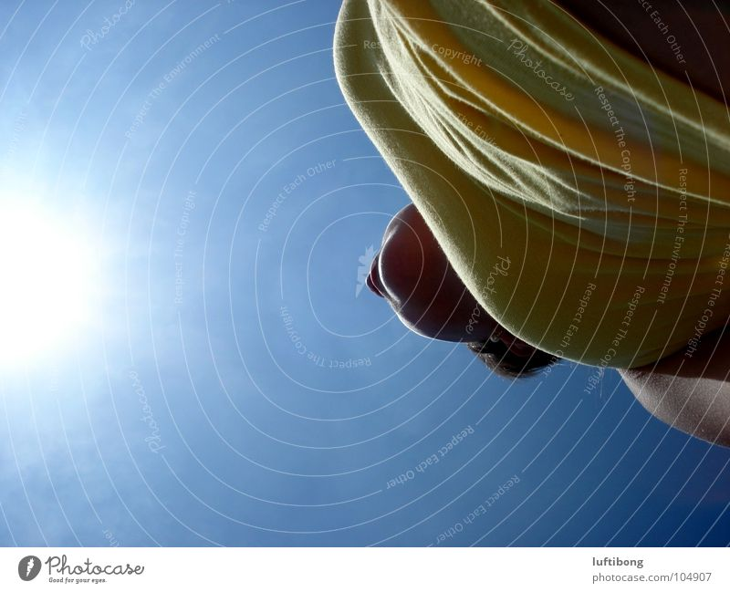 sonnenstrahlen Himmel Natur blau weiß Sonne Sommer Farbe gelb Wärme Gefühle Freiheit Beleuchtung modern Schönes Wetter Unendlichkeit heiß