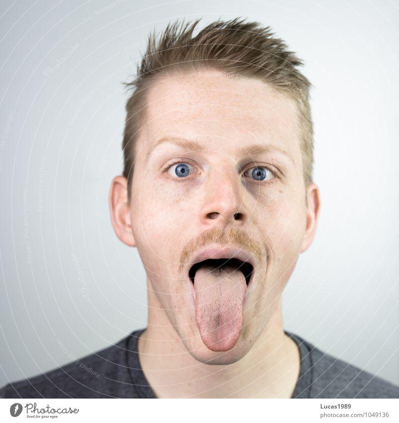 Bäääh Mensch Jugendliche Mann Freude Junger Mann 18-30 Jahre Erwachsene Gesicht lustig lachen außergewöhnlich Kopf maskulin blond Fröhlichkeit verrückt