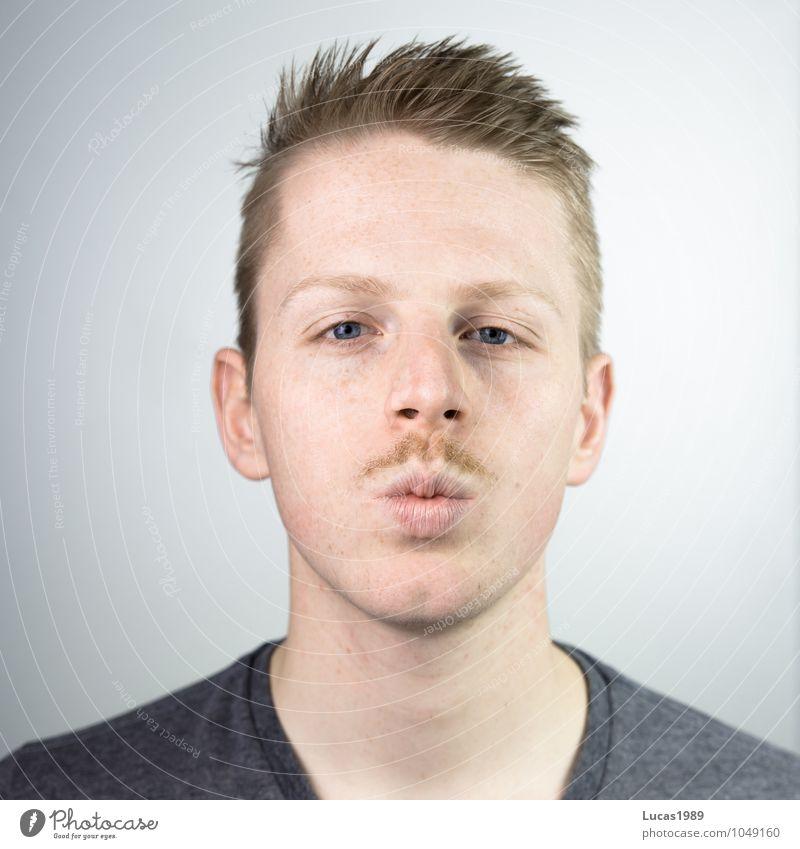 Bart Küsschen Mensch Jugendliche Mann schön Erotik Junger Mann 18-30 Jahre Erwachsene Gesicht Kopf maskulin blond Mund Coolness dünn