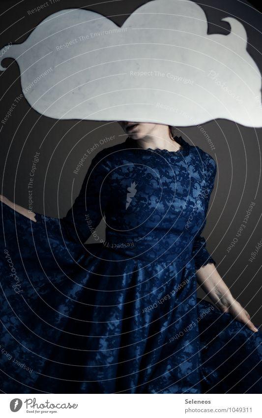 Brokat Mensch Frau Wolken Erwachsene feminin träumen Tanzen Kleid Theaterschauspiel Brokat