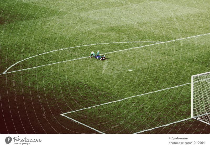 abgestiegen Freizeit & Hobby Sport Ballsport Sportler Sportmannschaft Torwart Sportveranstaltung Erfolg Verlierer Sportstätten Fußballplatz Stadion